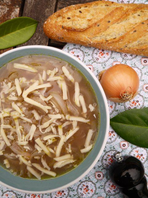 soupe-oignon-vegetarien-betty