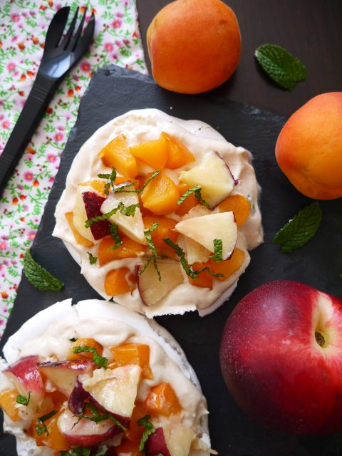 pavlova-abricot-nectarine-betty