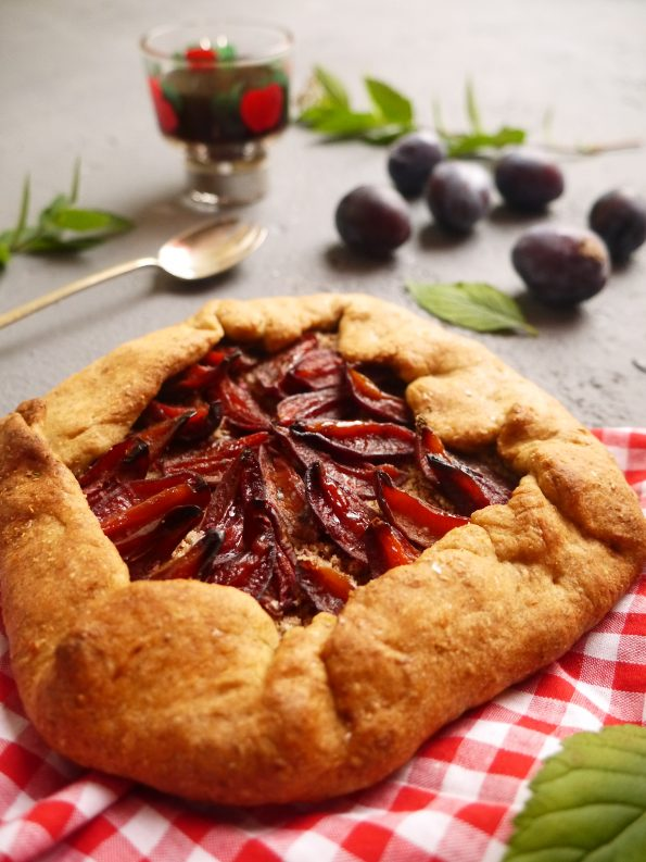 tarte-rustique-prune-betty